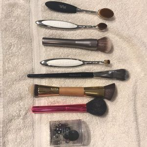 Gently used luxury makeup brush collection!